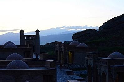 Памирский тракт и горы Тянь-Шаня